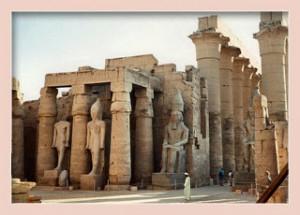 hram-amona-v-karnake