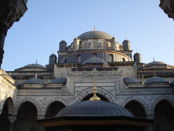 Мечеть Беязит (Баязит, Баязид, Beyazit Camii, Beyazit Mosque) в Стамбуле