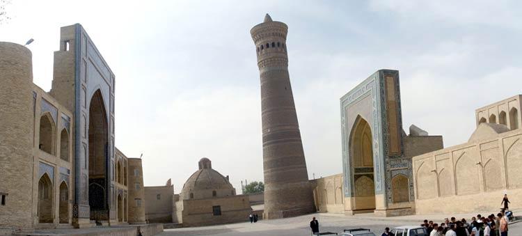 Пои Калян в Бухаре: Мечеть и минарет Калян. Медресе Мир-и ... Минарет Калян